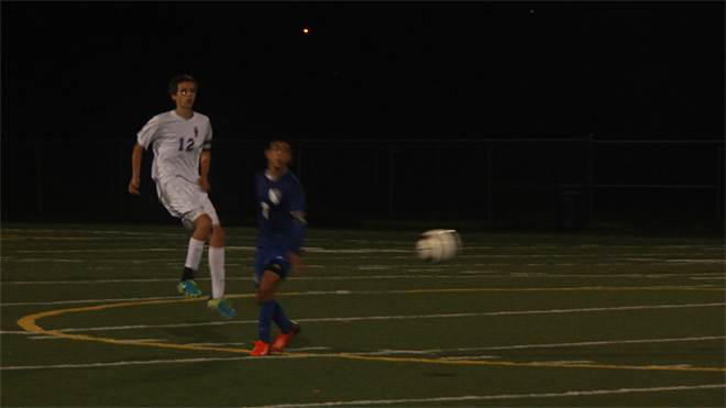 South Eugene beats South Medford to keep playoff hopes alive (5)