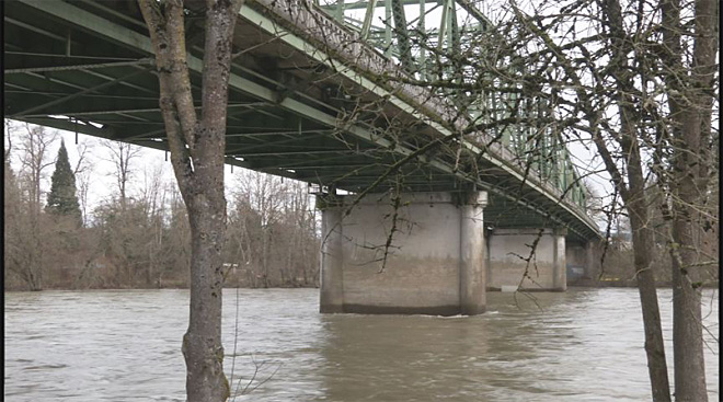 Work ahead: Springfield Bridge under repair