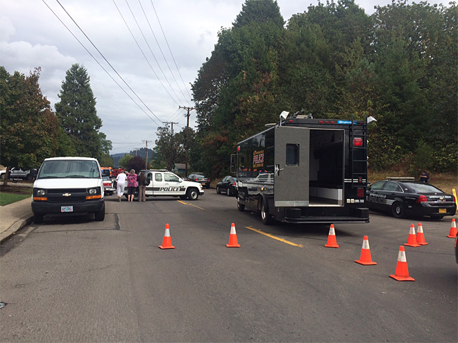 SWAT team in Springfield at 'a very dangerous situation'