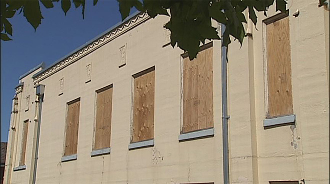 Replacing windows in the Cottage Grove Armory