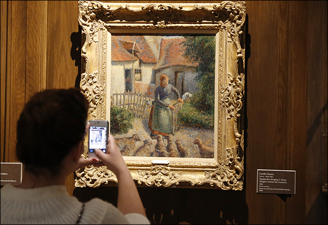 Woman claims university's painting stolen by Nazis