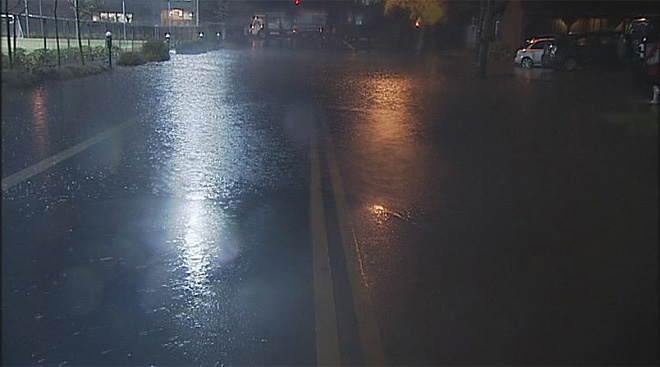 Streets flood in Eugene November 19 (3)