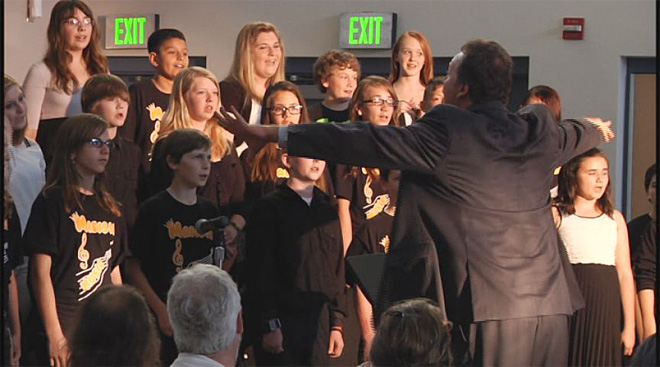 Students perform musical in memory of beloved teacher