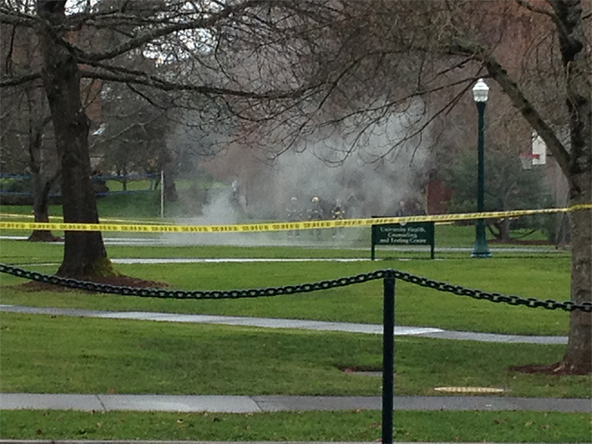 Subterranean explosion evacuates University of Oregon building 3