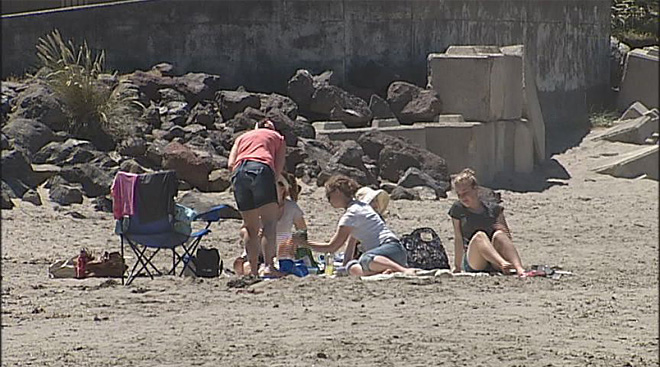 Heat hits Oregon: 'It's gorgeous… summer's finally here!'