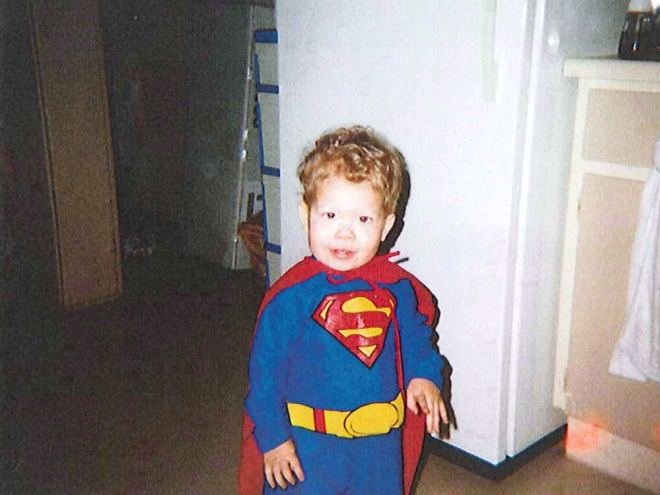 Little Superman: DC will allow 'S' logo on boy's memorial statue