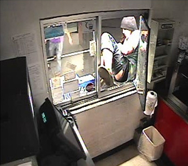 Suspects sought in Dari Mart break-ins