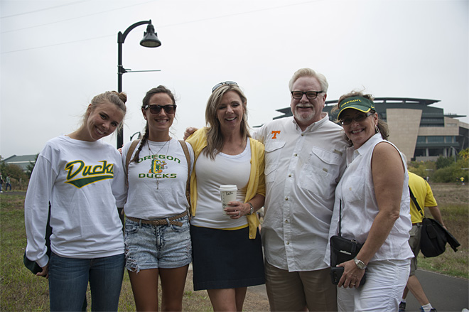 Tailgating as Oregon hosts Tennessee - 28 - Photo by Tristan Fortsch