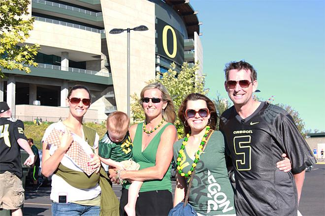 Tailgating at Autzen - Oregon Ducks Season Opener (35)
