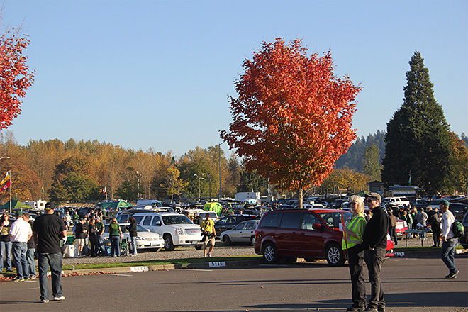 Tailgating at Autzen Stadium October 19 2013 (8)