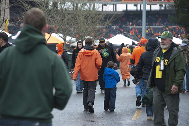 Tailgating at Reser Stadium for the 116th Civil War game 29(Photo- Tristan Fortsch_KVAL.com Staff)