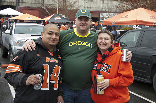 Tailgating at Reser Stadium for the 116th Civil War game 33(Photo- Tristan Fortsch_KVAL.com Staff)