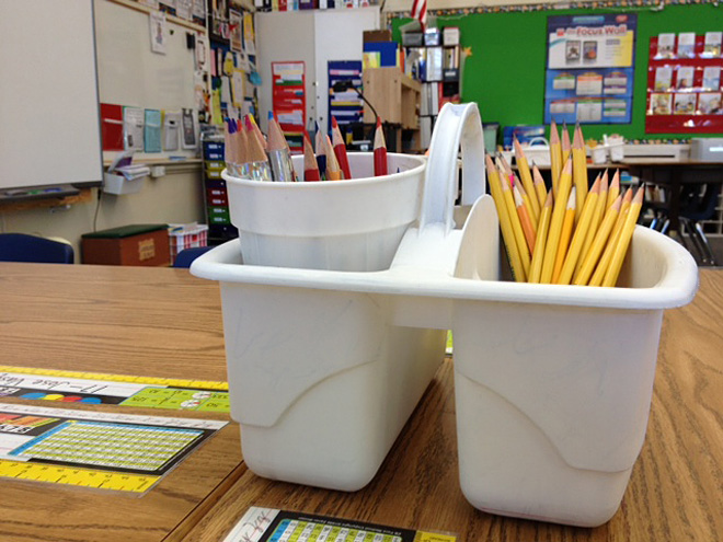 Teacher spends own money on supplies for classroom (3)