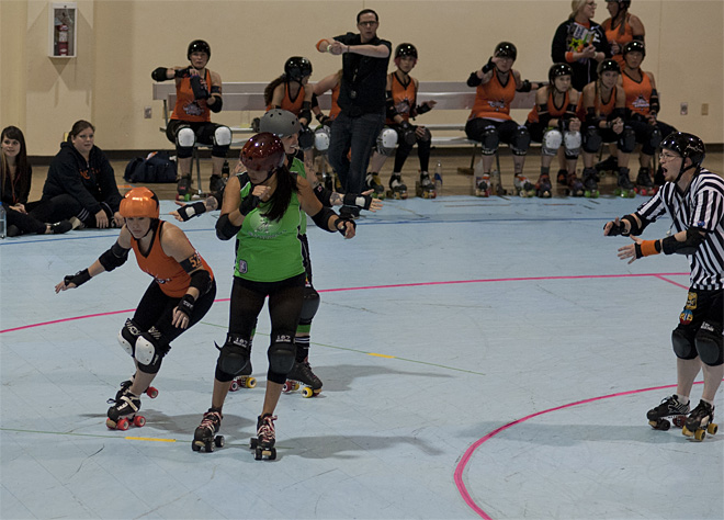 The Big O - Emerald City Roller Girls vs Sin City Roller Girls -09- Photo by Tristan Fortsch KVAL News