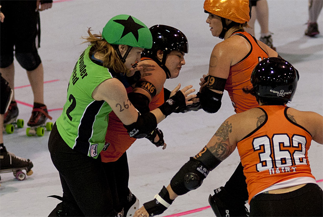 The Big O - Emerald City Roller Girls vs Sin City Roller Girls -10- Photo by Tristan Fortsch KVAL News