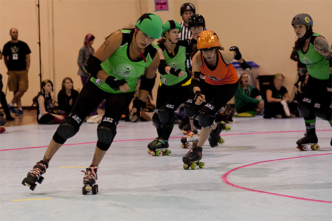 The Big O - Emerald City Roller Girls vs Sin City Roller Girls -05- Photo by Tristan Fortsch KVAL News
