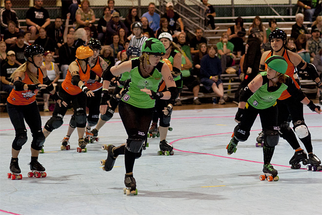 The Big O - Emerald City Roller Girls vs Sin City Roller Girls 03 - Photo by Tristan Fortsch _ KVAL News