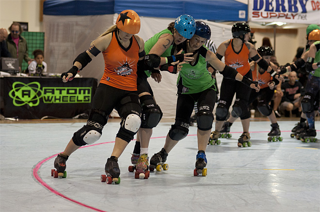The Big O - Emerald City Roller Girls vs Sin City Roller Girls 08 - Photo by Tristan Fortsch _ KVAL News