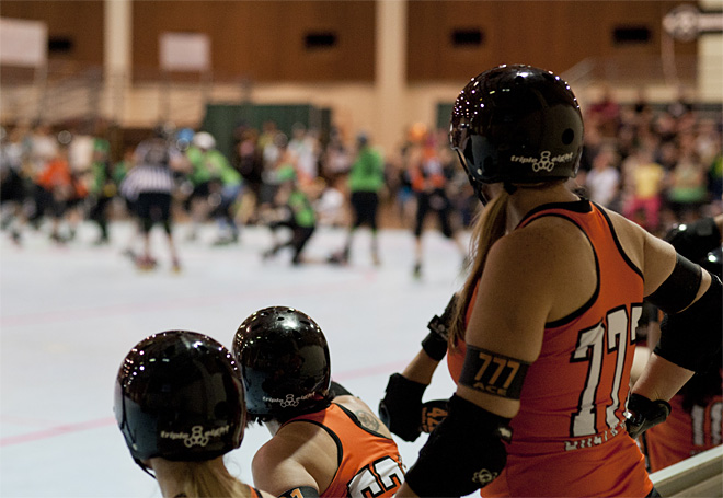 The Big O - Emerald City Roller Girls vs Sin City Roller Girls 29 - Photo by Tristan Fortsch _ KVAL News