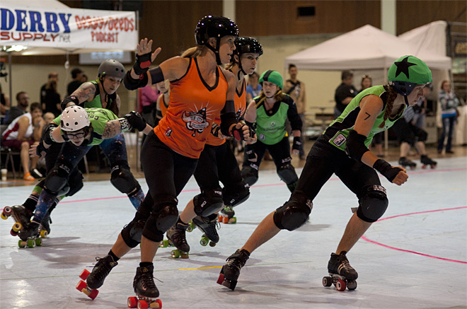 The Big O - Emerald City Roller Girls vs Sin City Roller Girls 30 - Photo by Tristan Fortsch _ KVAL News
