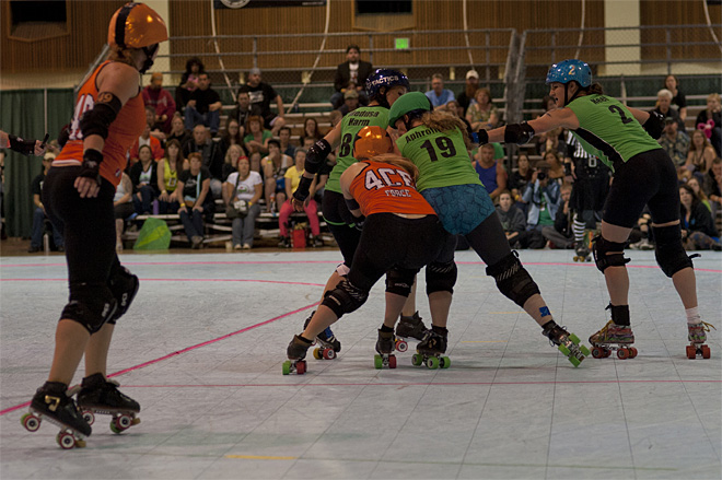 The Big O - Emerald City Roller Girls vs Sin City Roller Girls 31 - Photo by Tristan Fortsch _ KVAL News