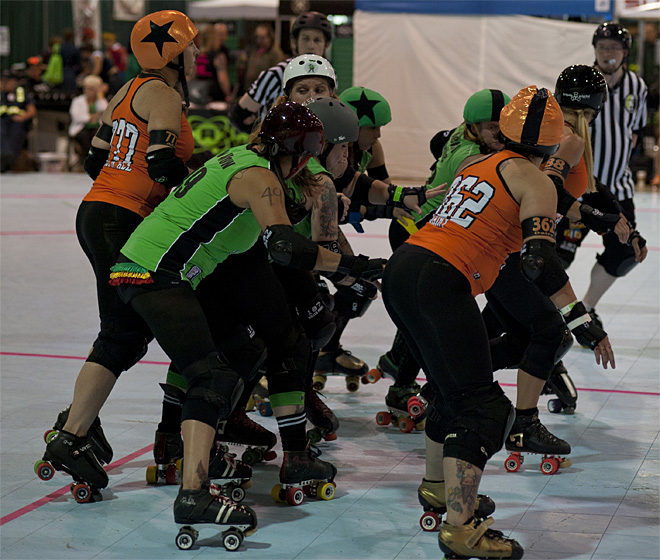 The Big O - Emerald City Roller Girls vs Sin City Roller Girls 32 - Photo by Tristan Fortsch _ KVAL News