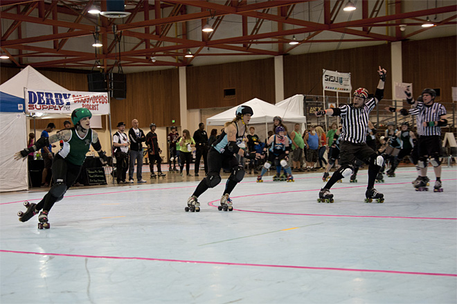 The Big O Derby - Sick Town Derby Dames vs Slaughter County Roller Vixens 30 _Friday 5-17