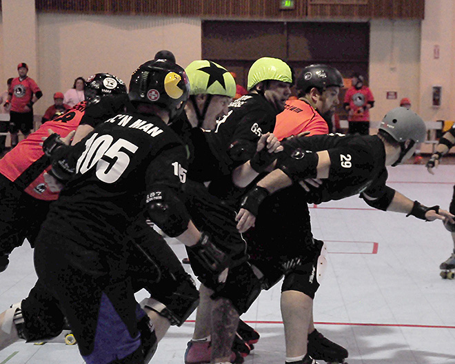 The Lane County Concussion and Emerald City Roller Girls host The Big O -03- Photo by Noah Gurevich_Oregon NewsLab