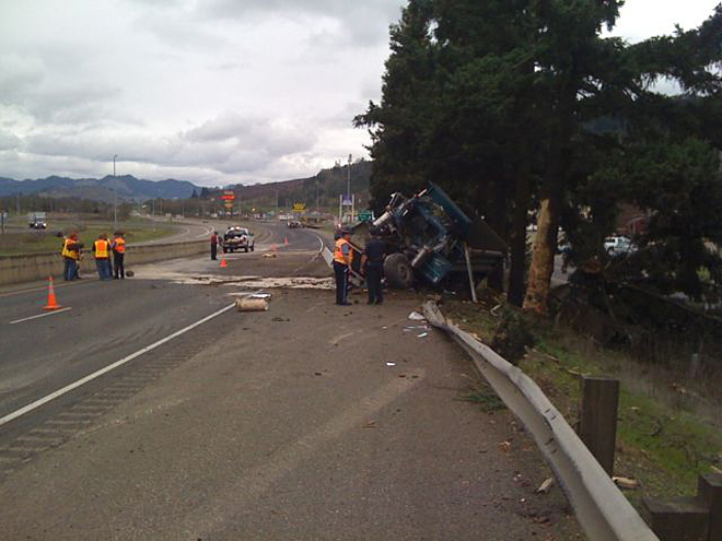 Truck crash near Sutherlin 00