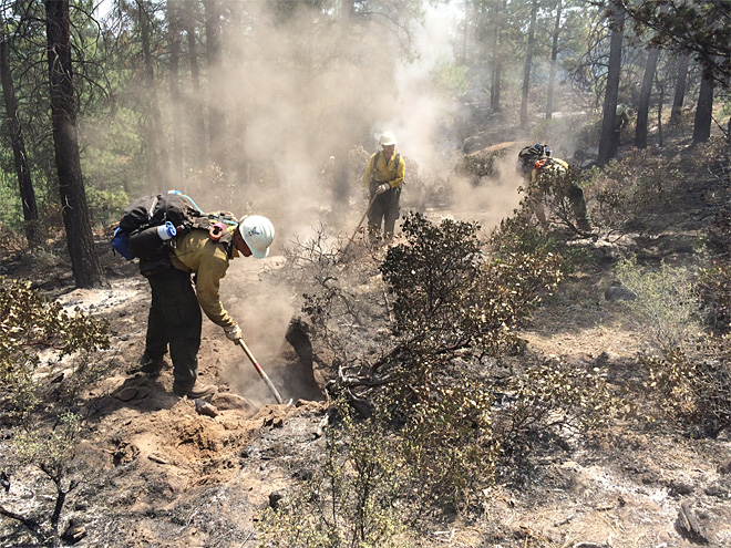 Two Bulls Fire June 9 with Lakeview BLM hand crew (3)