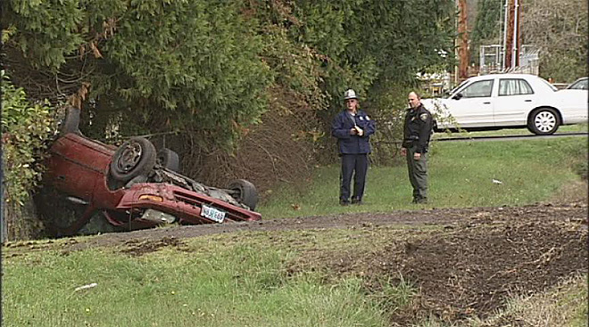 Two teens injured in Pleasant Hill crash (3)