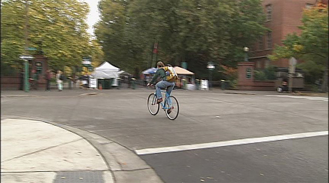 UO bicycle safety 2013 (3)