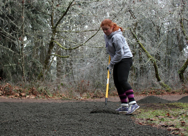 Volunteers help maintain Hendricks Park (19)