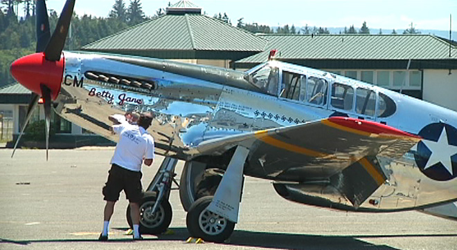 WWII planes visit Coos County (2)