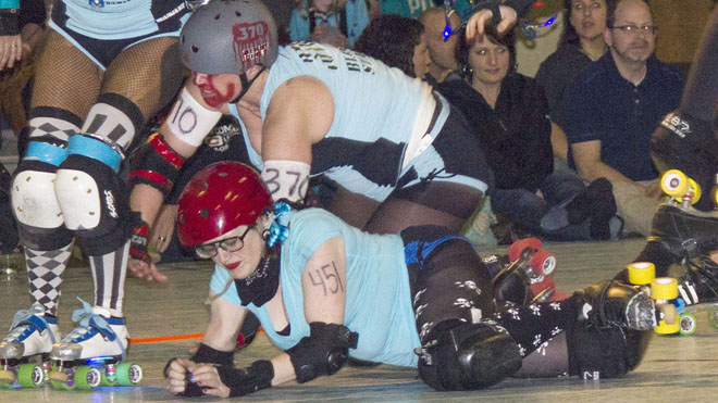 Women of Roller Derby (2)