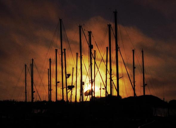 YouNews photographer themom51 submitted this breathtaking picture of the Salmon Harbor Marina at sunset