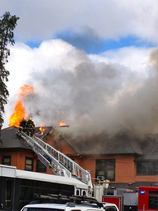 YouNews reporter sunshineangela photo of fire in downtown Eugene