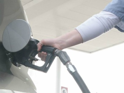 When gas prices soar, some cut down to keep up