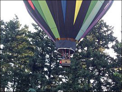 Hot air balloon makes emergency landing in Portland suburb