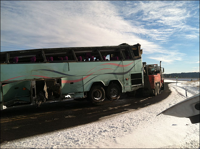 Federal investigators headed to bus crash site