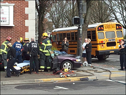 Car crashes into school bus in Downtown Eugene