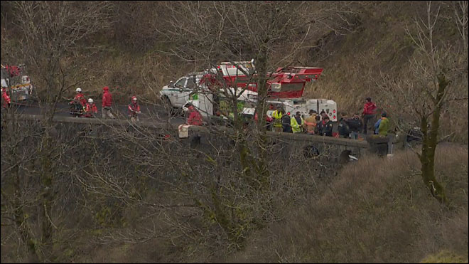 Rescue crews find man's body in vehicle at bottom of ravine