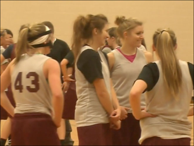 Four sisters play on same HS basketball team