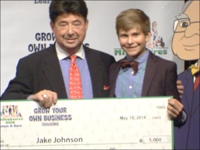Teen entrepreneur wins $5,000 from Warren Buffett