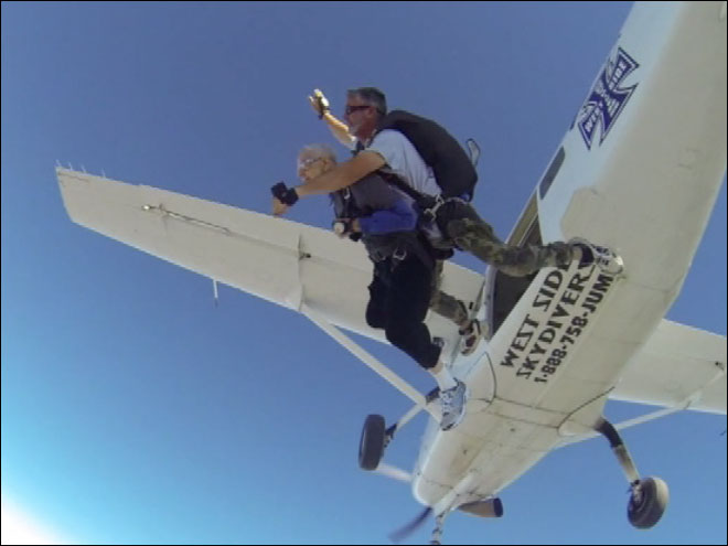 90-year-old skydiver