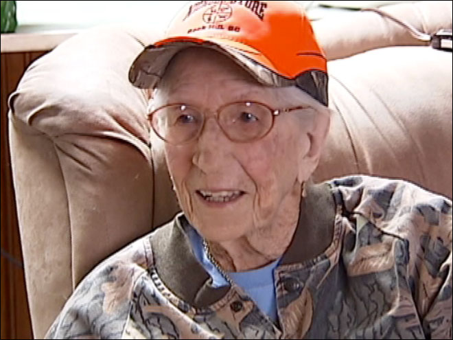 98-year-old deer hunting granny