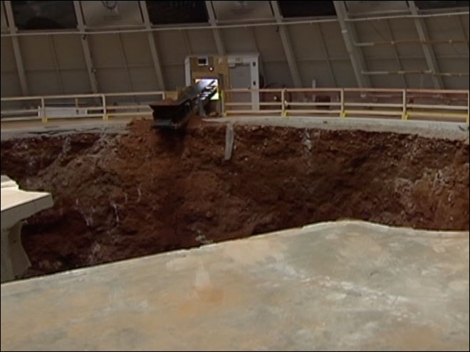 Eight Corvettes swallowed up in sinkhole