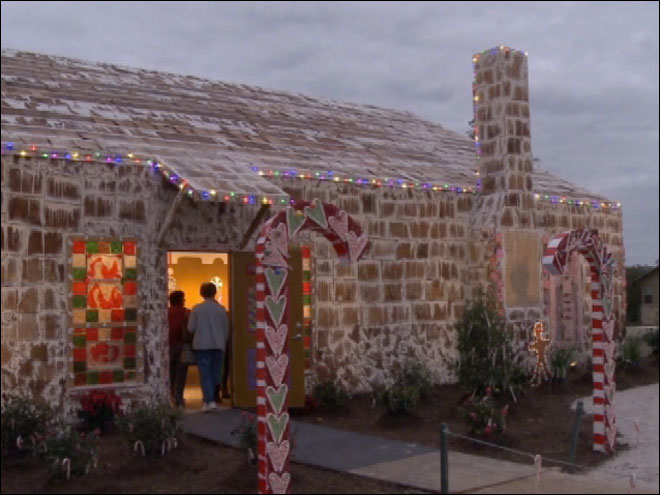 World's largest gingerbread house