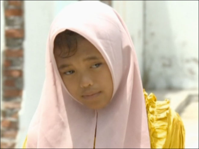 Girl reunited with family 10 years after tsunami
