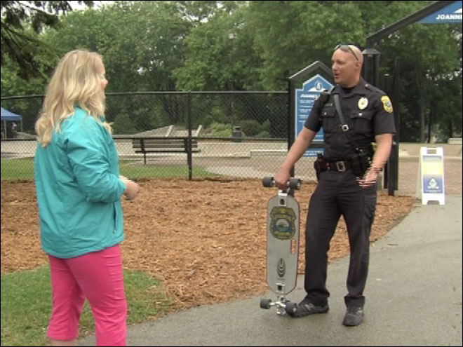 'Skateboard Cop' on a mission in Green Bay